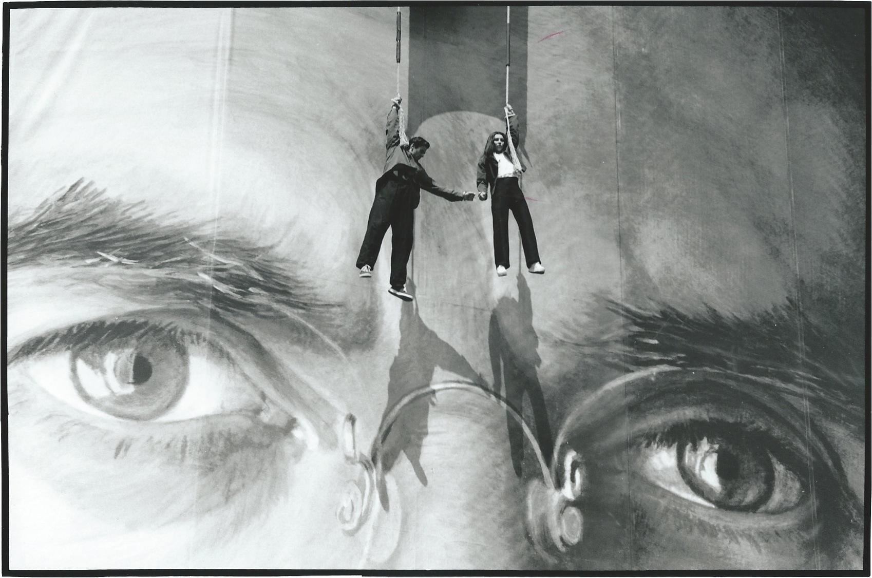bond hanging